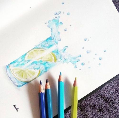 rysunek szklanka wody i cytryna